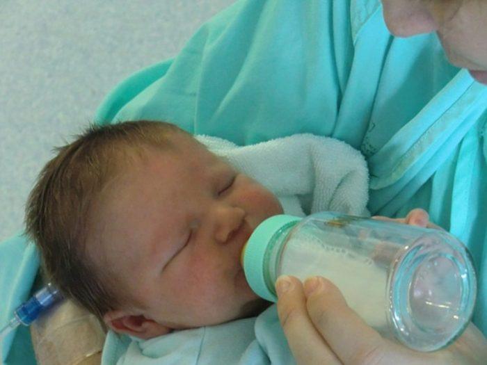 赤ちゃんがミルクを飲まない